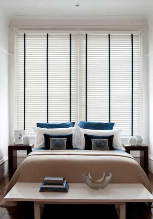 Wood venetian blind - Polar with tapes