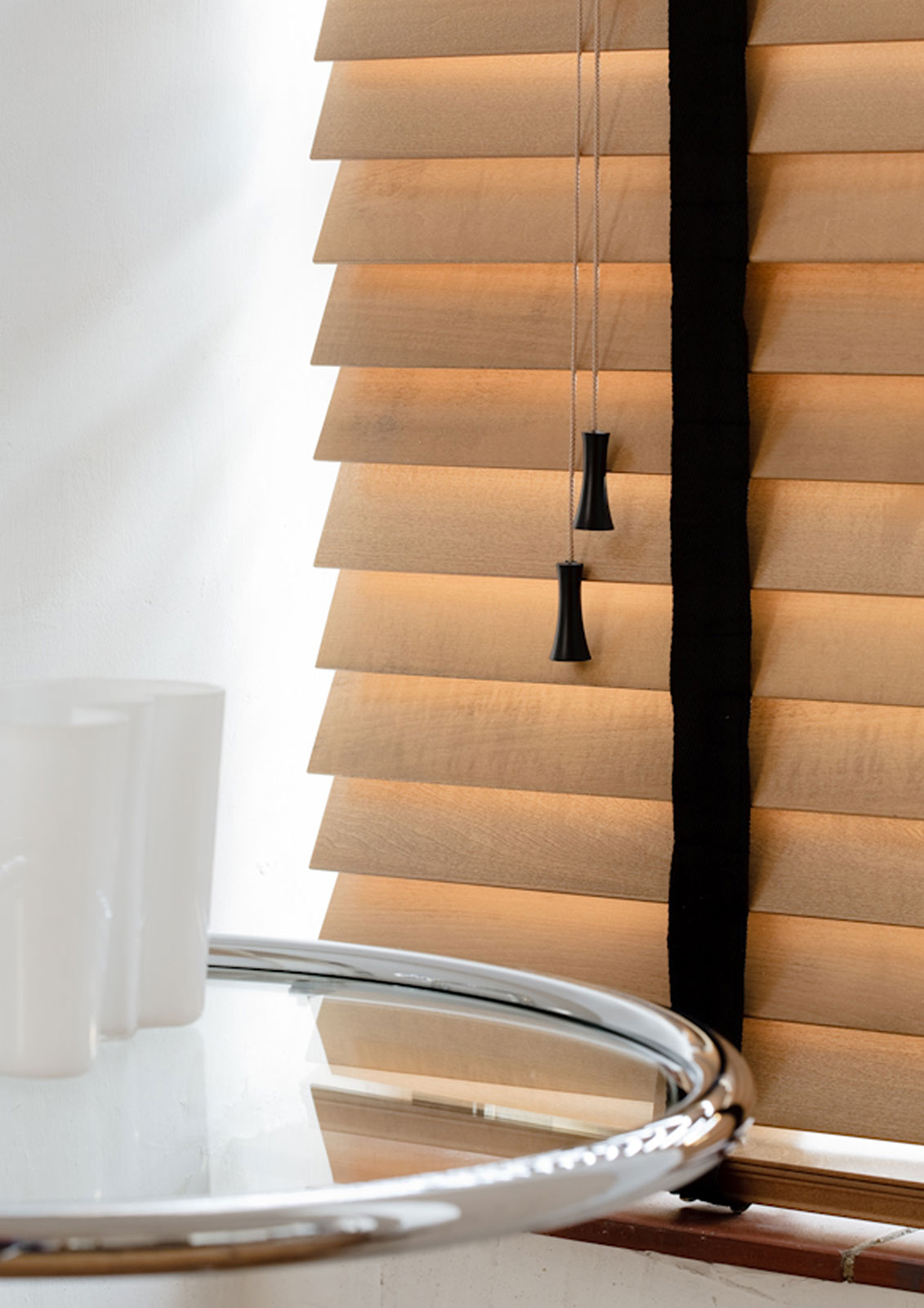 Wooden Venetian Blinds - Tawny&jet